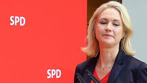 SPD liderlik koltuğu için 17 aday yarışacak