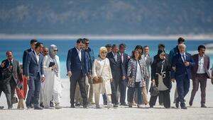 Emine Erdoğan, Salda Gölünde