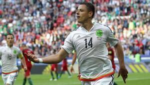 Sevilla, Meksikalı forvet Hernandezi aldı
