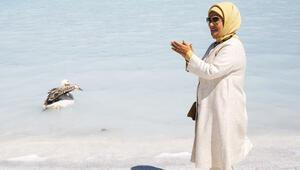 Emine Erdoğan Salda Gölü'nü inceledi: 'Mutmain oldum'