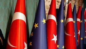 Bakan Çavuşoğlundan Türkiyeye ABde özel statü teklifine yanıt