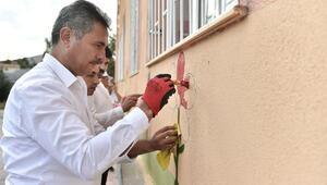 Başkan Köse, Yibitaş İlkokulu'nun duvarlarını boyadı