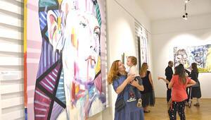 15 ülke sanatçılarından 'Sanat Farklılıkları Konuşuyor' sergisi