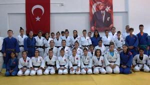 Judo Ümit Kadın Milli Takım kadrosu belli oldu