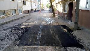 Bandırma'da yol bakım ve onarım çalışmaları devam ediyor