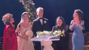 Feyyaz Duman ve Zozan Şimşek evlendi