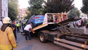 Güngörende otomobil doğalgaz kutusuna çarptı