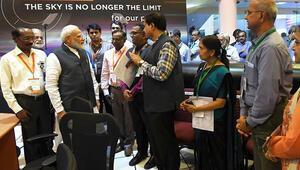 Hindistan, Chandrayaan-2nin Aya iniş modülüyle irtibatı kaybetti