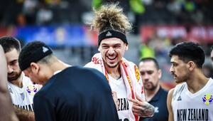 Yeni Zelanda olimpiyat iddiasını sürdürdü Japonyayı farklı geçti...
