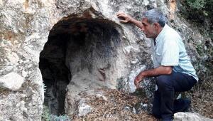 Tarsustaki kaya mezarları tarihe ışık tutacak