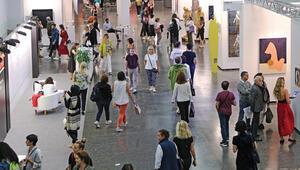 Sanatta üçüncü dalga İstanbul'da sanat neden 'patladı'