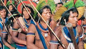 Amazonun düşman kabileleri ormanları kurtarmak için birleşti