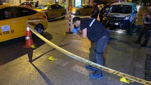 Kadıköyde taksiye ateş açtılar: 1 yaralı