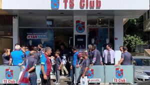 Trabzonspor taraftarı takımına sahip çıktı 110 bin forma satıldı...