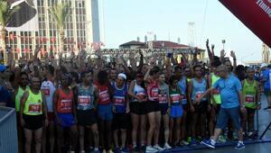 İzmirde 9 Eylül Yarı Maratonu heyecanı