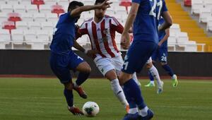 Demir Grup Sivasspor hazırlık maçında BB Erzurumspor'a 3-1 yenildi
