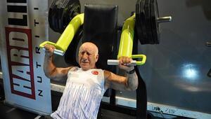 71 yaşında gelen tarihi rekor