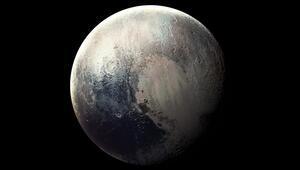 Tartışma yeniden alevlendi: Plüton bir gezegen mi yoksa değil mi
