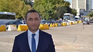 MHP'li Ilıkan'dan Büyükşehir'e eleştiri: 'Okullar açılınca karınca oldular'