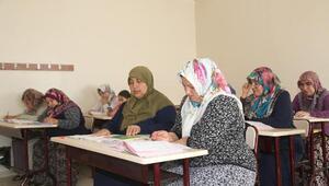 Şehitkamil'de 4 bin 338 kişi okuma-yazma öğrendi
