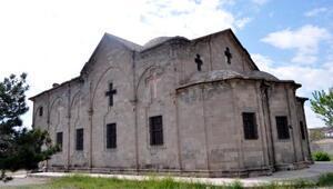 Kapadokyanın en büyük kilisesi turizme kazandırılacak