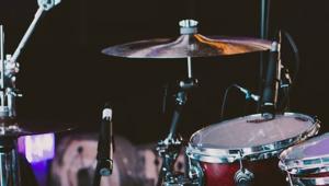 'Vak The Rock', 'No Problem' ve 'Agannaga Rüşvet' hangi müzik grubunun albümleridir