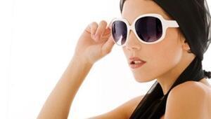 Kışın güneş gözlüğü kullanın