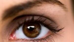 Gençleri tehdit eden göz hastalığı