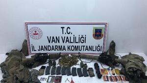 Vanda 1 PKKlı ölü, 1 PKKlı sağ ele geçirildi