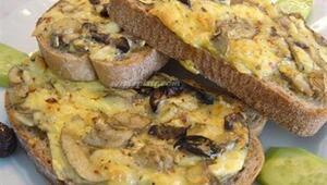 Mantarlı ekmekler