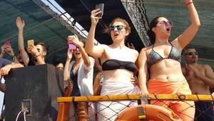 Silifkede tekne turlarına büyük ilgi