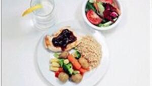 300 kalorilik öğünlerle hafif kalın