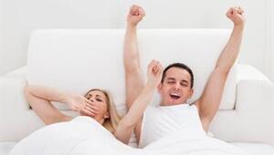 Kadınlar ve Erkekler Yataktan Nasıl Kalkar