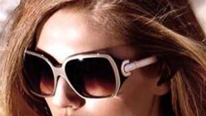 Güneş gözlükleriniz yüzünüze yakışsın