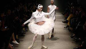 Mercedes-Benz Fashion Week Istanbul  White Posture Defilesi