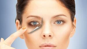 Pratik Bilgi: Göz Altı Morluğuna Ahududu Maskesi
