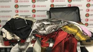 İstanbul Havalimanında 355 metre yılan derisi yakalandı