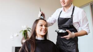 Beyazlayan Saçlarınızla Doğal Yöntemlerle Başa Çıkın