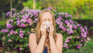 Mevsim Değişimi Göz Alerjisine Neden Oluyor