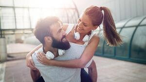 Mutlu Bir İlişkiye Sahip Olmanın 5 Yolu