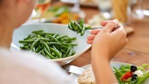Yaza Fit Girmek İçin Yemek Yiyin