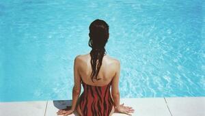 Havuz Suyu Gözlere Zararlı mı