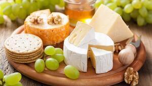 Yaz Sofralarınızdan Peyniri Eksik Etmeyin