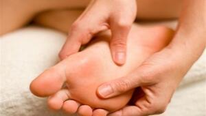 Ayak Ağrısı Tedavisinde İlk Tercih Doğru Ayakkabı