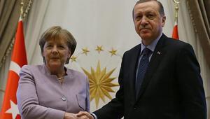 Son dakika: Cumhurbaşkanı Erdoğan ile Merkelden önemli görüşme