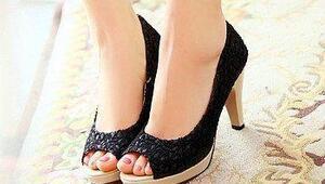 Anlam Yüklü 23 Kadın Ayakkabısı