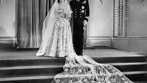 Gelmiş Geçmiş En Güzel Prenses Gelinlikleri