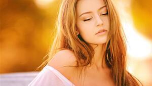 Doğal Yöntemlerle Saç Rengi Açmanın 10 Yolu