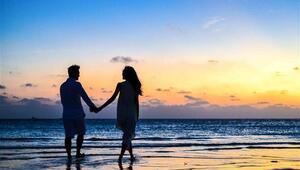 Burcunuza Göre İlişkilerde Neye Bağımlısınız