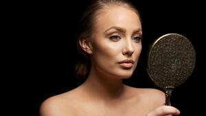 Hayatınızı Kolaylaştıracak 10 Makyaj Hilesi